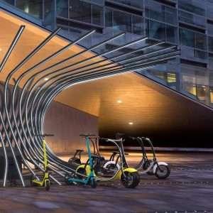 Electonic Elektro E-Scooter Scooter Scooterson Roller Smart Fahren Drive Gleichgewicht App Scooterson Display Reddot Award Meilensteine Milestone Carbon Samsung Akku lange Reichweite